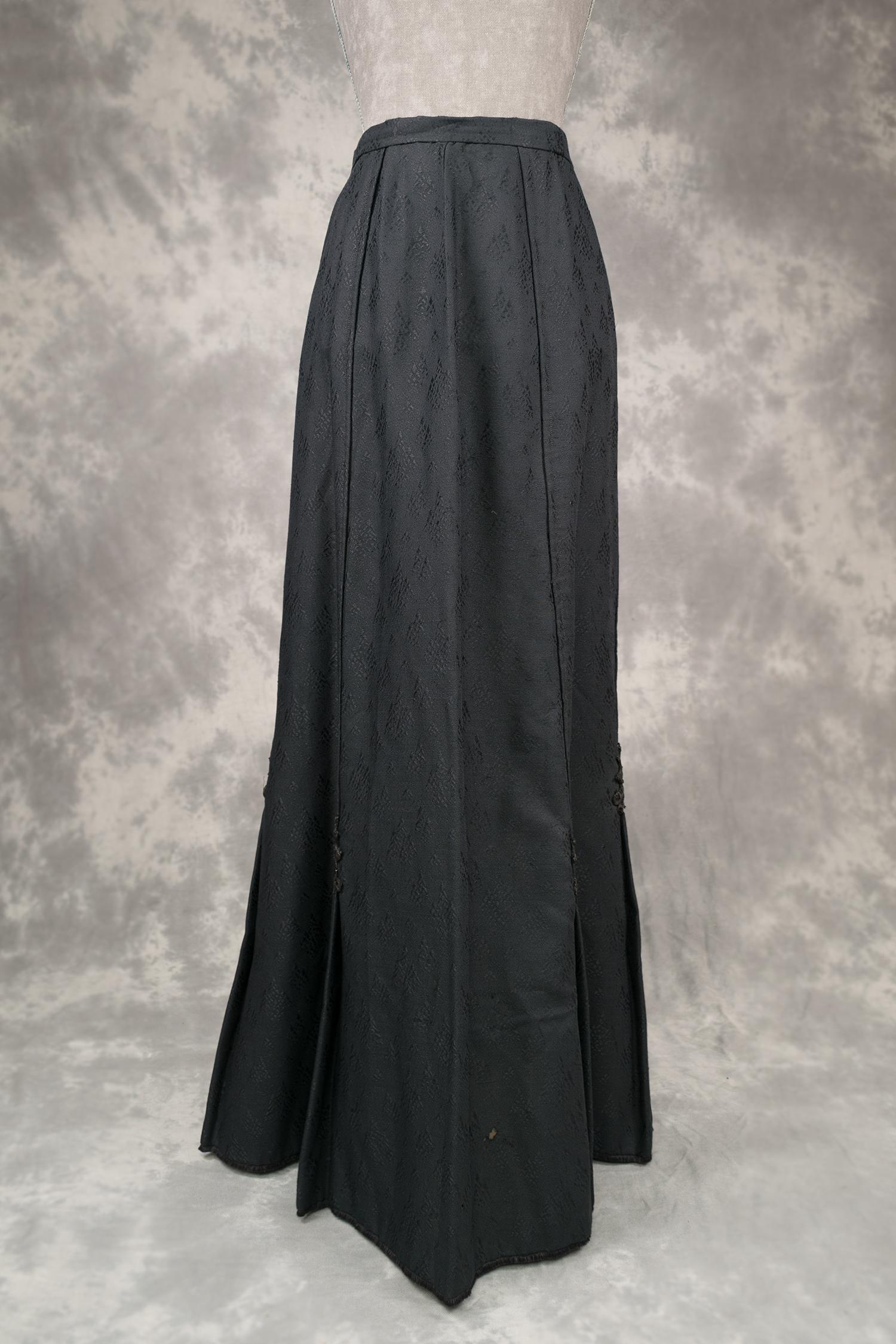 50f2ed2175 Falda de lana negra